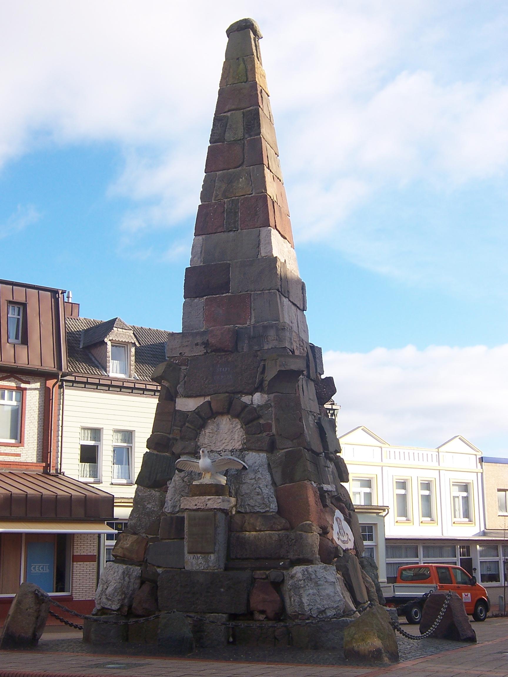 Kaiser-Wilhelm-Denkmal / Obelisk auf Norderney © M. Rüter