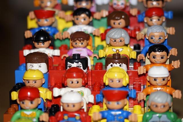 Spielfiguren - Quelle: Pixabay