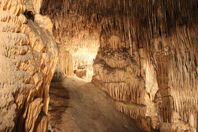 Topfsteinhöhle, Quelle: Pixabay